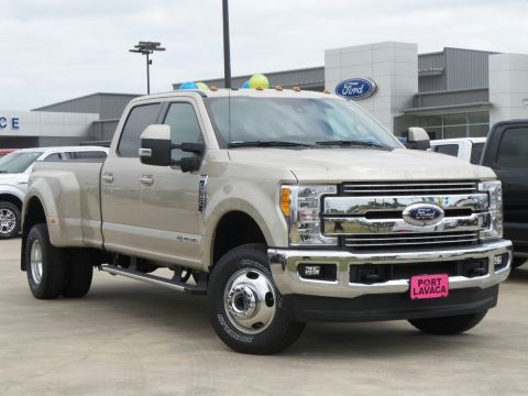 New Ford Super Duty F-350 DRW Lariat
